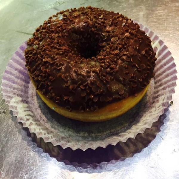 Gâteau donus au chocolat milka en livraison sur armentieres