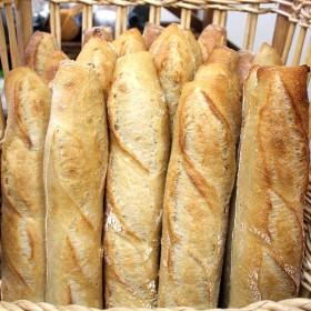 Baguette tradition en livraison dans la ville d'armentieres